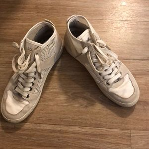 Size 6 off white colored Micheal kors sneakers